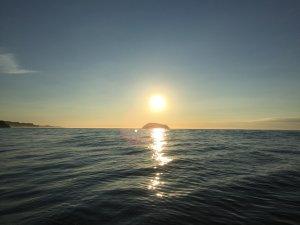 Океан, о.Старичков, восход солнца