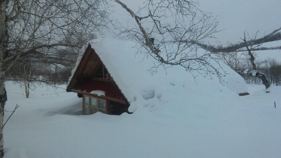 домик в снегу.jpg