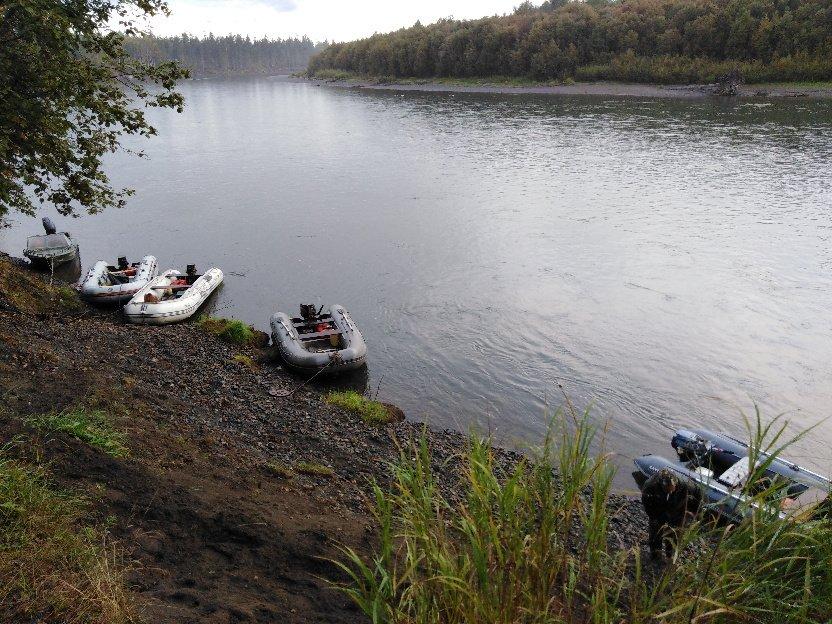 лодки у берега2.jpg