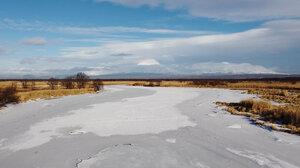 Хламовитское озеро_вулканы.jpg